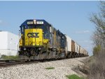 CSX 2773 & 6110 lead D707-09 west towards home at Wyoming