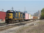 CSX 2314 & 6905 wait to continue east with D707