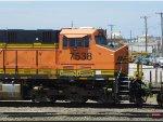 BNSF ES44DC 7538