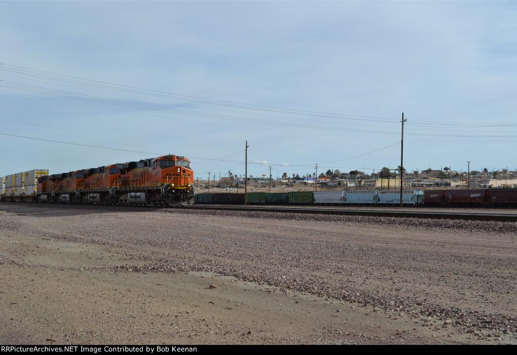 BNSF 7436