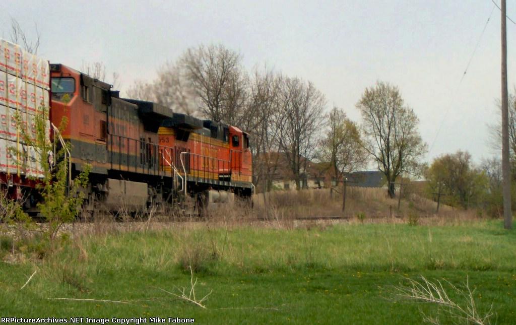 BNSF 4653 on CSX