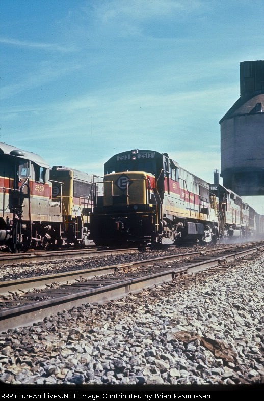 U25B leading EL hotshot, Aug., 1971,