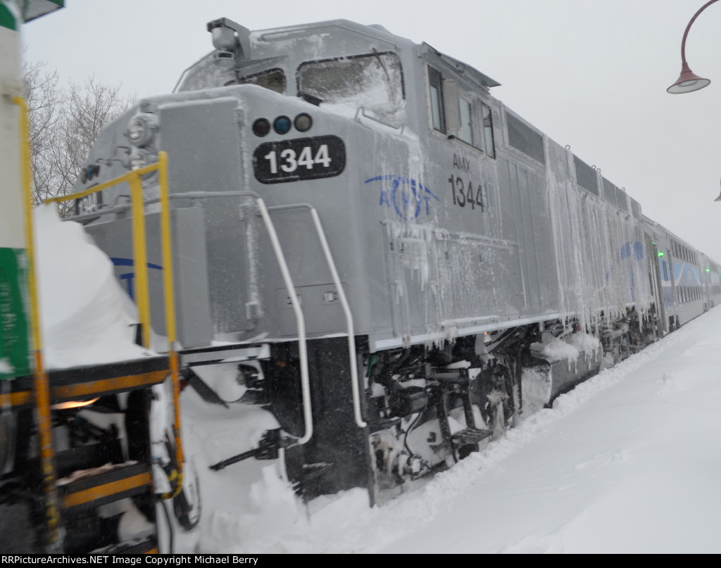 St-Jerome bound train at Montreal West
