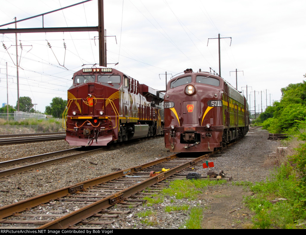 NS 8102 and PRR 5711