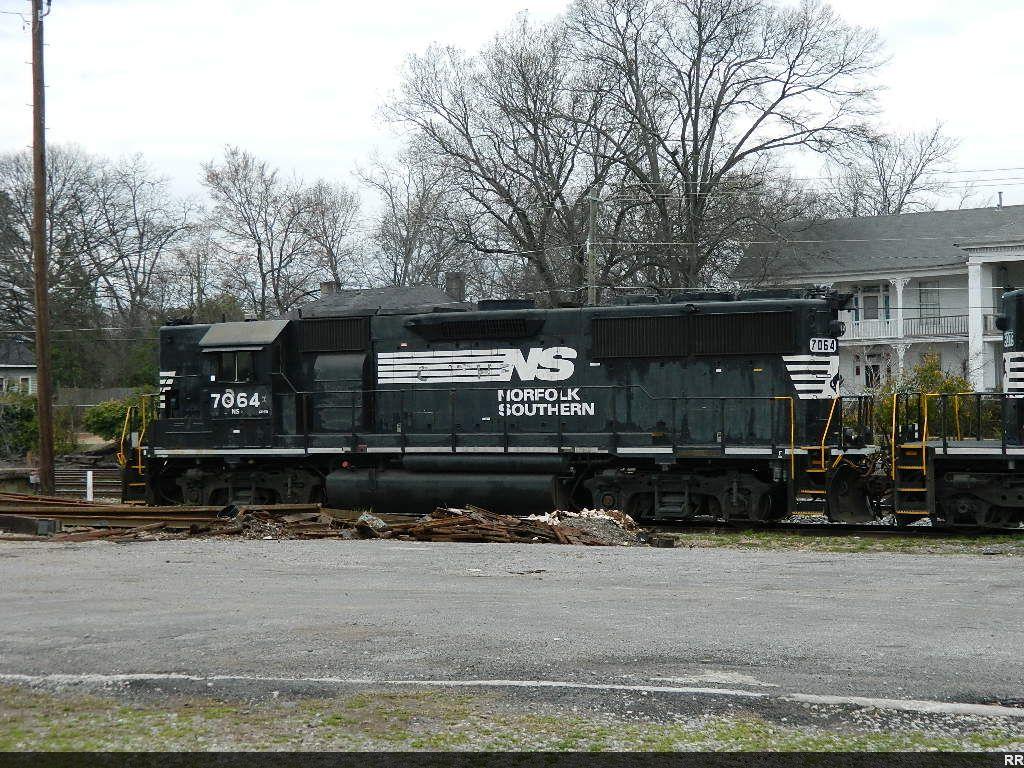 NS 7064(GP50) HIGH HOOD