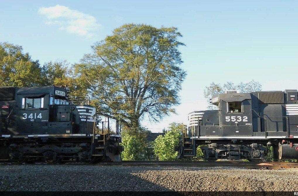 NS 3414(SD40-2) 5532(GP38-2)