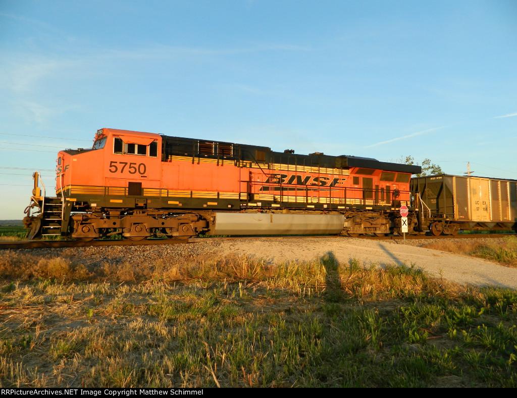 BNSF 5750 - DPU