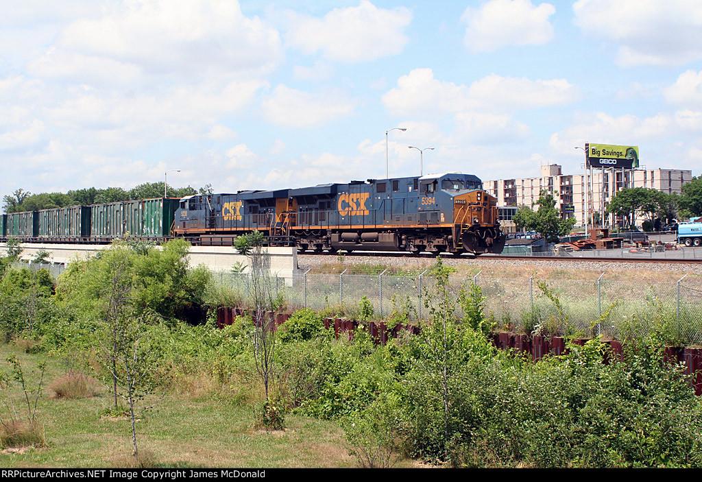 CSX 5394 on train Q703