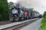 NS 1627 leads eastbound