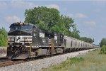 NS 9645 On NS 40 Q Northbound