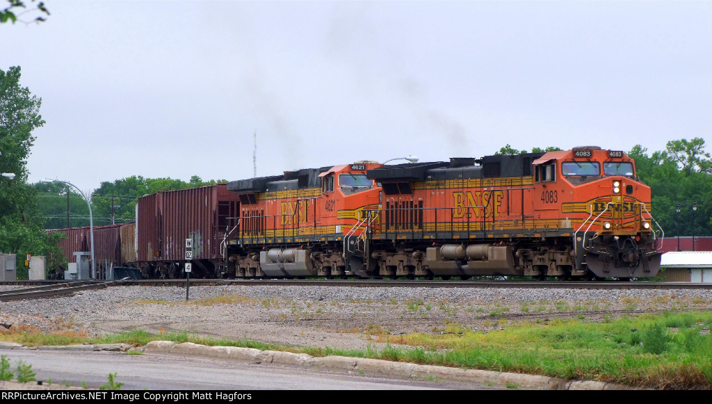 BNSF 4083