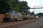 CSX ES44AH 813 leads Q410-17