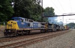 CSX CW40-8 7818 leads an interesting lash-up on Q418-05