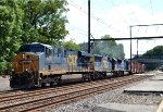 CSX ES40DC 5236 plus two EMDs on Q438-22