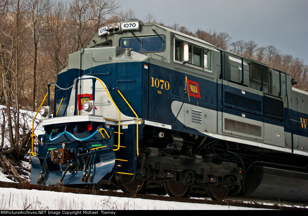 NS 1070
