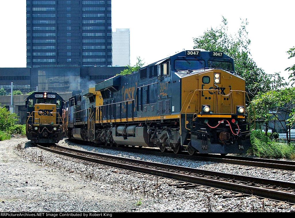 CSX 3047 Q032 and CSX 8801 Q706