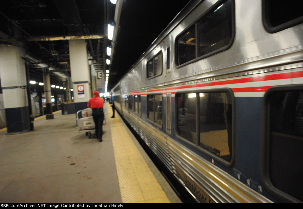 Viewliner at Philly