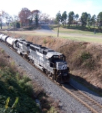 NS 4617, leading NS Train #338,