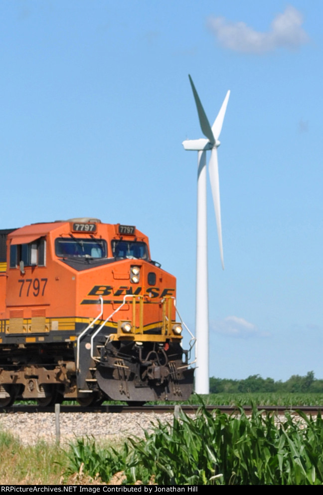 EB BNSF and Windmill Verona IL