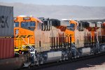 BNSF 7025 and BNSF 7024  pass me by in the late afternoon sun at 17:45 pm/PDT.
