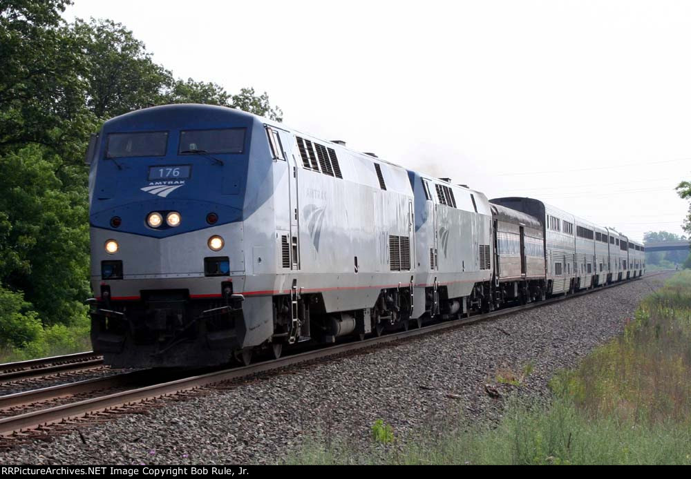 WB Amtrak