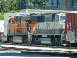 BNSF 6082(ES44AC) 9803(SD70MAC)