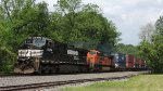 5-30-2013 NS 25A CF 90.3 (HAGERSTOWN) HAGERSTOWN, IN