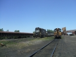 NS pulls empties from North(empty) Yard, Burns Harbor