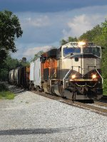 NS 375 with BNSF 9717