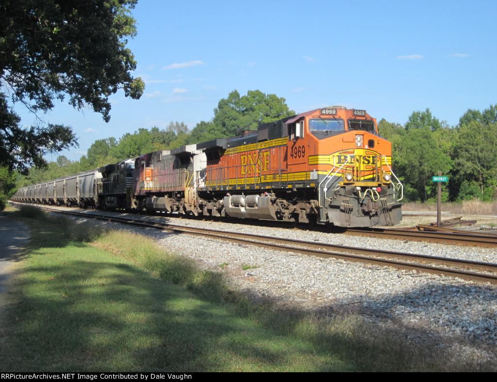 BNSF 4969 & ATSF 651 & NS 8082