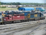HLCX EMD SD40-2 6249 & CSXT EMD SD40-3 4017