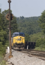CSX 670 stopped for a red signal