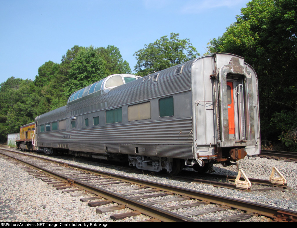 "Budd dome car ""Silver Brand"""
