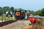 CSXT 8305 now leads Q133 south