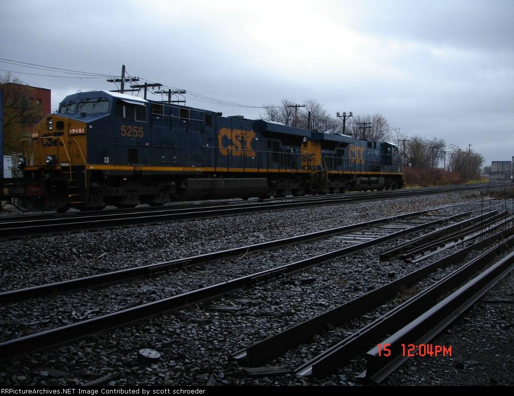 CSX 5255 & CSX 5265 head EB towards the Dewitt Yard