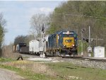 CSX 2354 leads D707-22 through the west end signals at Sunfield