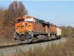 BNSF 5776 & 5967 slow down as they prepare to take the siding with E949