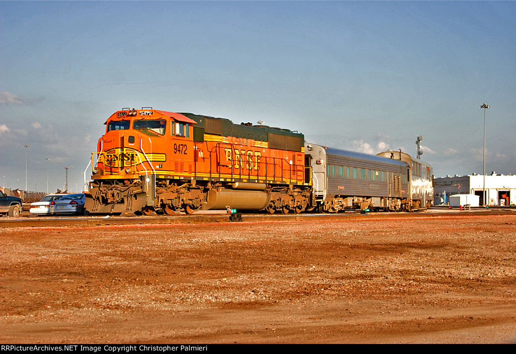 BNSF 9472, 81, and 80