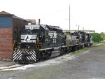 A variety of NS yard power waits out the weekend