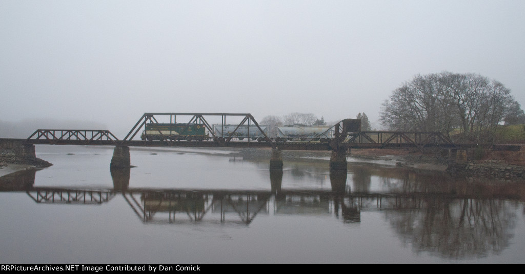 Crossing into Thomaston