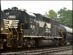 NS GP38-2 5138 on 39Q