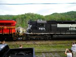 Norfolk Southern SD40-2 ES44AC
