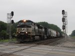 NS 9289 leads 15Q west at CP286