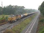 UP 6563 & 5762 lead molten sulphur train K892-03 east