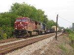 CP 9624 & CSX 8711 lead Q500 west