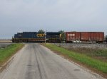 CSX 5384 leads Q389 west across Township Hwy 37