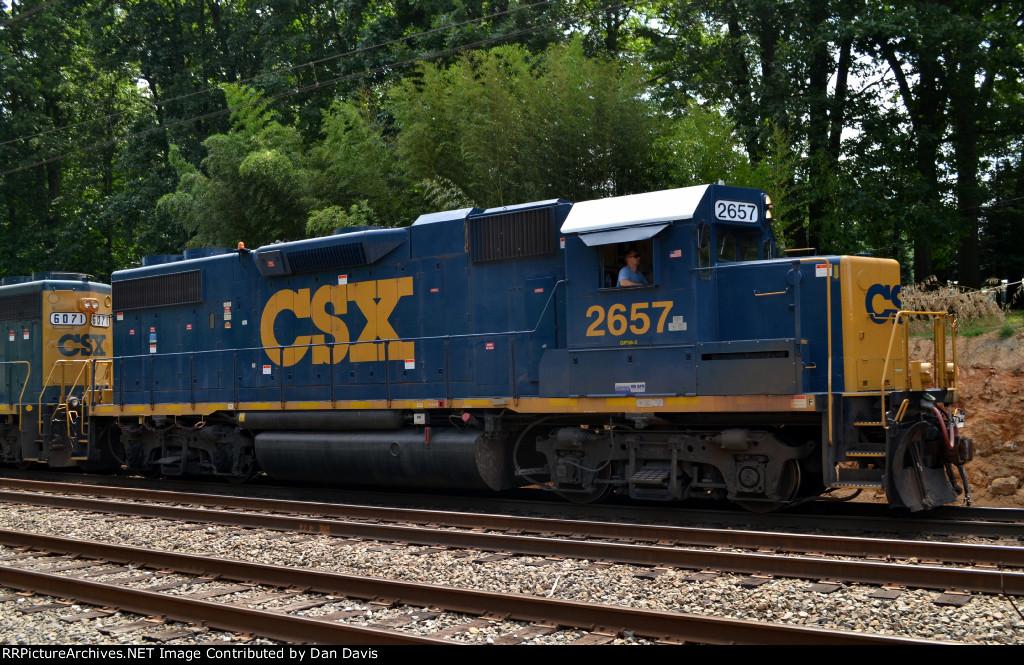 CSX GP38-2 2657 leads C770-10