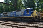 CSX C40-8 7518 fourth out on Q418-03