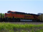 BNSF ES44DC 7611