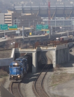 NS 3361 passing the Federal St. flyover
